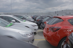 Polacy kupili ponad 400 tys. nowych aut