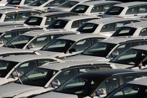 Rynek nowych aut w Polsce ciągle w górę