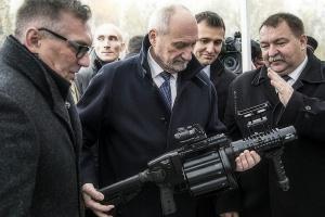 Antoni Macierewicz; kluczowe jest uzyskanie zdolności odstraszających