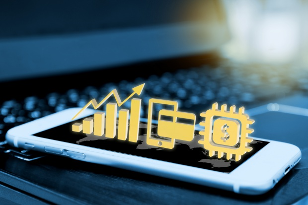 Deloitte: firmy zbyt wolno wdrażają technologie IT