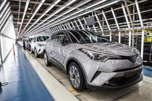Toyota i Suzuki będą współpracować na rynku indyjskim