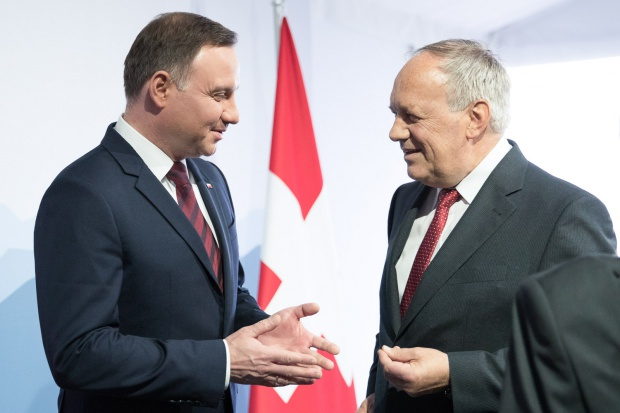 Prezydenci Polski i Szwajcarii o współpracy ws. kursu franka
