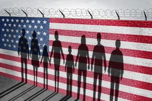 Sąd Najwyższy wprowadza tymczasowo w życie dekret imigracyjny Trumpa