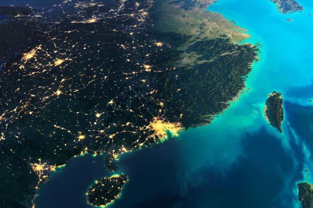 Nowa technologia kosmiczna - aktywne anteny satelitarne