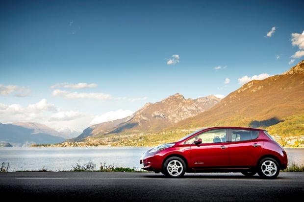 Nissan sprzedał 75 tys. e-samochodów w Europie