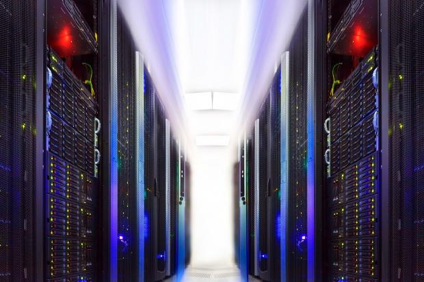 KE uruchomiła konsultacje ws. unijnych superkomputerów