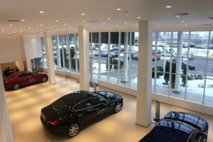 Maserati otwiera salon na Białorusi. Oświetli go polska firma
