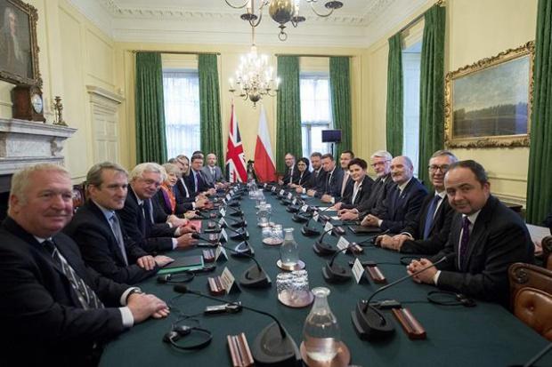 Macierewicz: polsko-brytyjski traktat obronny to przełom