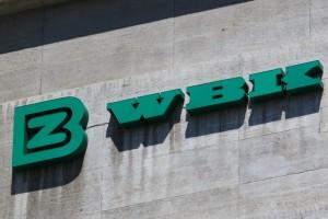 Znany polski bank zmienia nazwę. Na niepolską