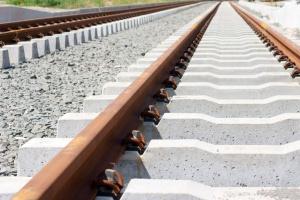 Adamczyk: w ramach inwestycji Świnna Poręba - najdłuższy w Polsce most kolejowy