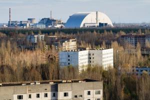 Czarnobylski reaktor po 30 latach pod nową osłoną [ZDJĘCIA]