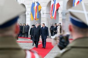 Andrzej Duda z wizytą na Ukrainie. Wiele niepokojących decyzji gospodarczych do mówienia