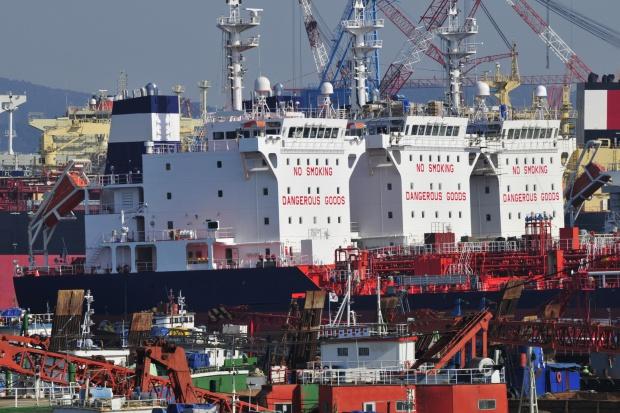 Duża pomoc publiczna dla armatorów i stoczni