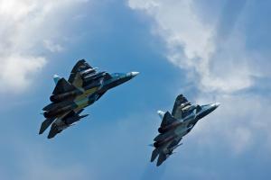 Rosja. Su-33 rozbił się podczas lądowania na lotniskowcu na M. Śródziemnym