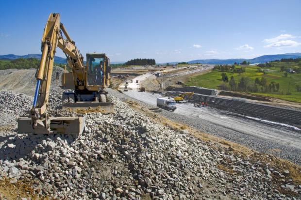 Kilkumiesięczne opóźnienie na budowie górskiego odcinka S7