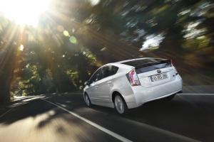 Toyota wprowadza nowe rozwiązania napędowe