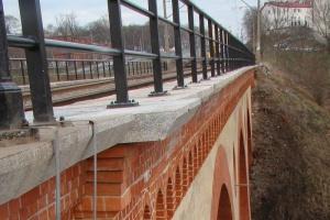 Kolejowe inwestycje koło Olsztyna. Naprawiony most nad Łyną