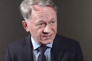 Grzegorz Dzik, Impel: outsourcing też może być innowacyjny