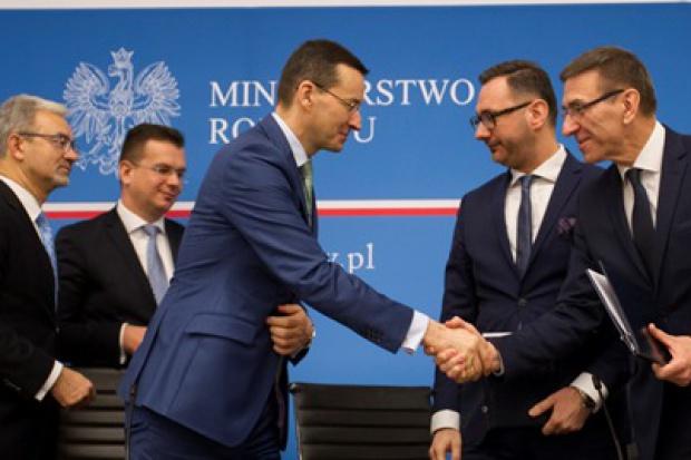Transport w Polsce Wschodniej z unijnym dofinansowaniem. Morawiecki: inwestycje mają generować PKB