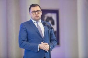 - Finansowanie hybrydowe z EBI będzie zarówno pierwszą w Europie emisją obligacji hybrydowych realizowanych przez EBI, jak również pierwszą w Polsce emisją obligacji hybrydowych dokonaną przez podmiot spoza sektora finansowego - podkreślił Filip Grzegorczyk, prezes zarządu Tauron Polska Energia.
