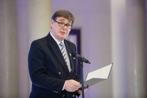- Wsparcie EBI to kolejny bardzo ważny krok dla naszej organizacji, która m.in. dzięki wsparciu Agencji Rozwoju Przemysłu, zakończy rok, po raz pierwszy w swojej historii,  z dodatnim wynikiem finansowym około 50 mln zł oraz stabilnymi prognozami na kolejne lata - powiedział Krzysztof Mamiński, prezes zarządu Przewozów Regionalnych.