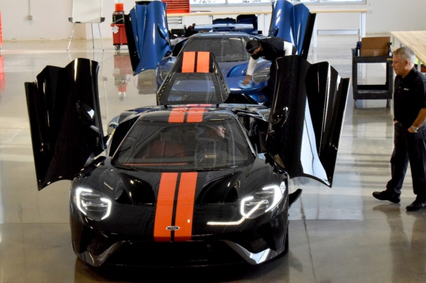 Ford Performance rozpoczyna dostawy modelu Ford GT