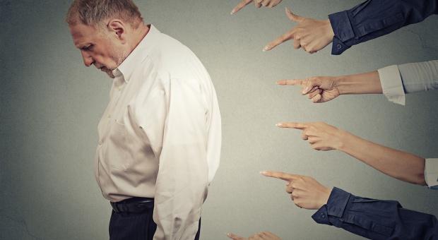 Państwo i biznes: spirala nieufności