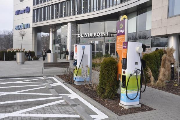 Energa uruchomiła w Trójmieście szósty terminal dla aut elektrycznych