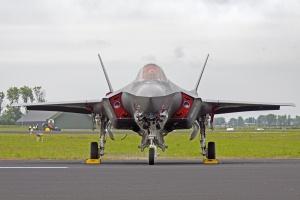 Niemcy planują wymienić myśliwce. Przyglądają się F-35