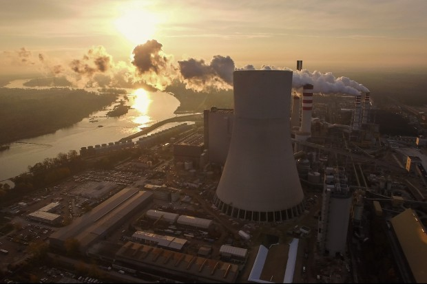 Jest decyzja: budowa bloku 1075 MW w Kozienicach potrwa dłużej