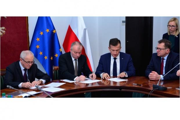 Tchórzewski: PGE i Enea otrzymają wsparcie z funduszy unijnych