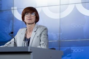 Rafalska: Polacy nie marnotrawią pieniędzy z 500 plus