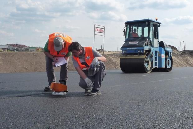 Konsorcjum firm Strabag za 294 mln zł chce wybudować drogę S7 Napierki-Mława