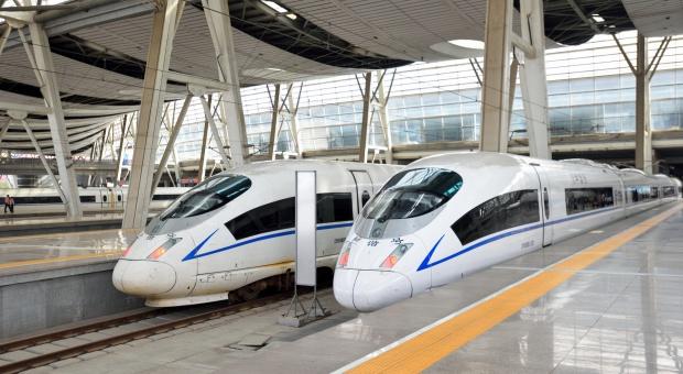 Najdłuższy szybki pociąg wyruszy w trasę. Wszystko made in China