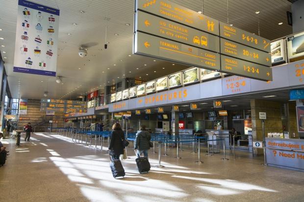 Za co płacimy, kupując bilet lotniczy?
