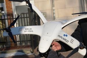 Większa flota dronów PKP Cargo