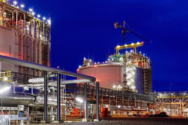Ekspert: umowa na LNG z USA to kolejna jaskółka na rynku gazu
