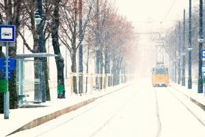 Węgry: atak zimy - awarie prądu, opóźnienia pociągów