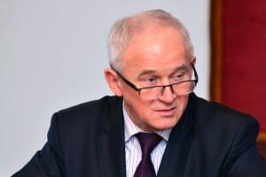 """Minister Tchórzewski dla wnp.pl o łączeniu PGG z KHW: na razie idzie """"jak pod górkę"""""""