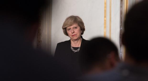 Rekonstrukcja rządu w Wielkiej Brytanii. Premier May ostrożna