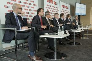 Debata o przedsiębiorczości - biznes na burzliwym tle