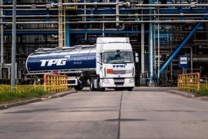 Duży wzrost przychodów przewoźnika paliw płynnych
