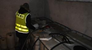 KAS przerwała nielegalny obrót paliwem, na którym państwo straciło ok. 18 mln zł