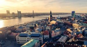 Łotwa chce powalczyć z Rosją o tranzyt białoruskich paliw