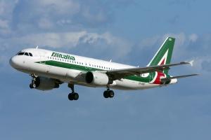 Dzień strajku we włoskim transporcie lotniczym, głównie w Alitalii