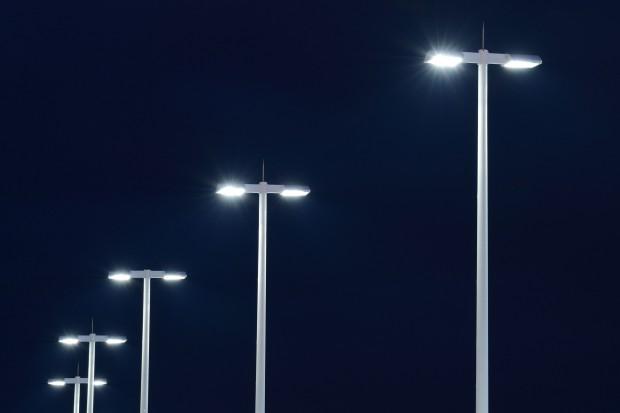 Energa na Pomorzu wymienia oświetlenie uliczne na energooszczędne