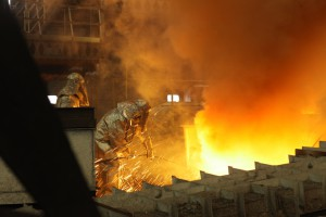 Chiny znowu ciągną globalną produkcję stali