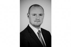 Grzegorz Cywiński, Dyrektor w Dziale Doradztwa Transakcyjnego EY