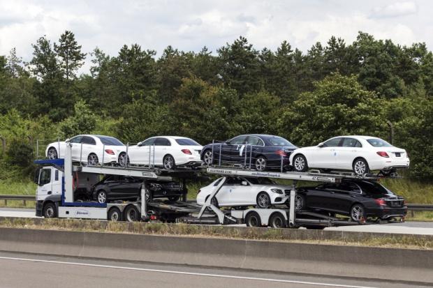Defekt Trumpa? Import aut z Meksyku do USA rośnie