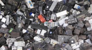 Producent akumulatorów przejmuje firmę zajmującą się recyklingiem